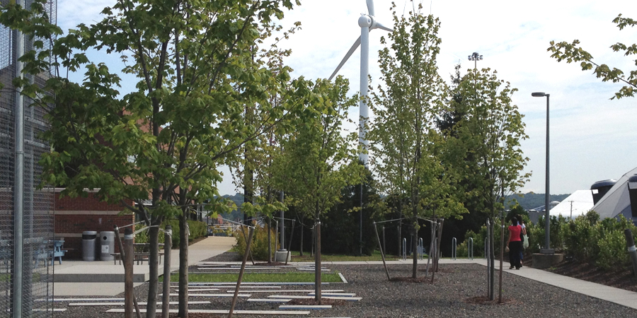 http://lplusa.net/wp-content/uploads/2012/10/5-NBC-Landfill-Garden-overview-with-wind-turbine.jpg